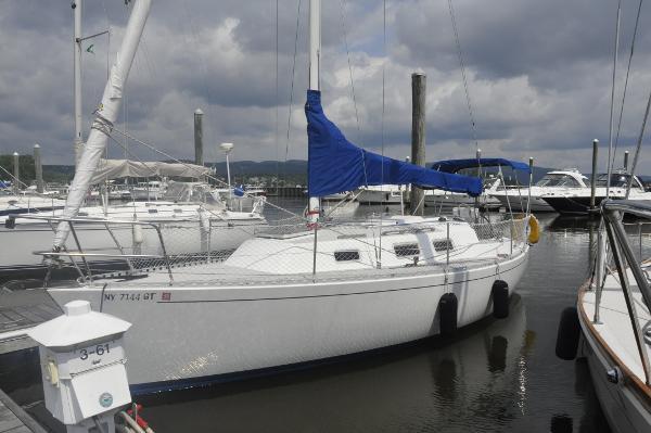 J Boats J/28