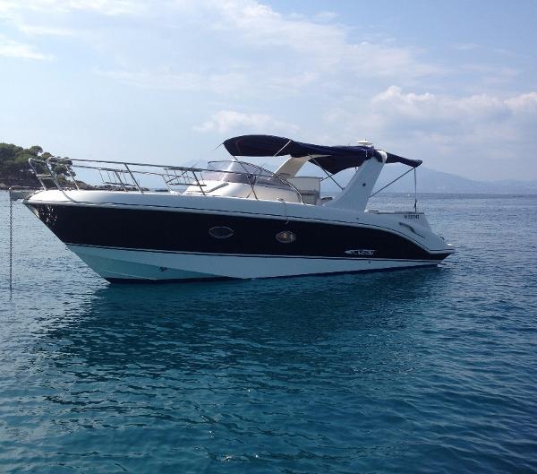 Mano Marine 27.50 mano marine 27.50 seven yachts