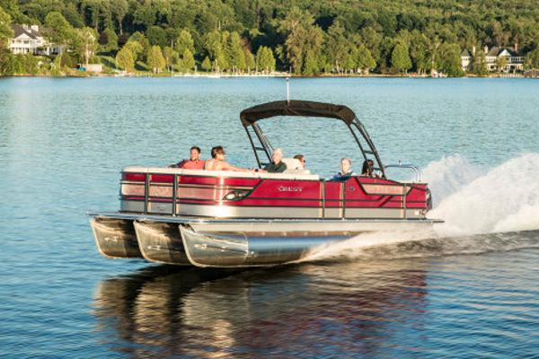 Crest Pontoon Boats Classic 230 SLC Manufacturer Provided Image: Manufacturer Provided Image