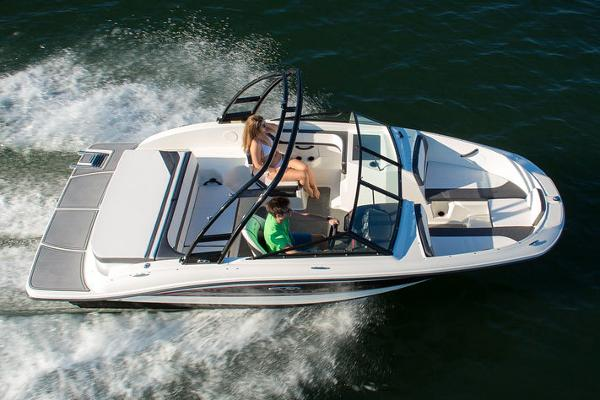 Sea Ray 19 SPX Manufacturer Provided Image