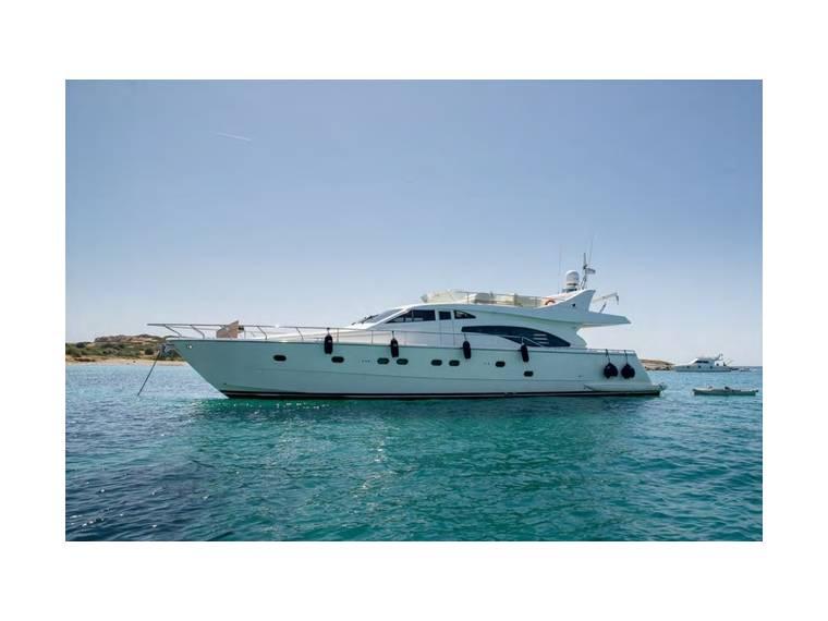 Ferretti Yachts Ferretti 68 Fly