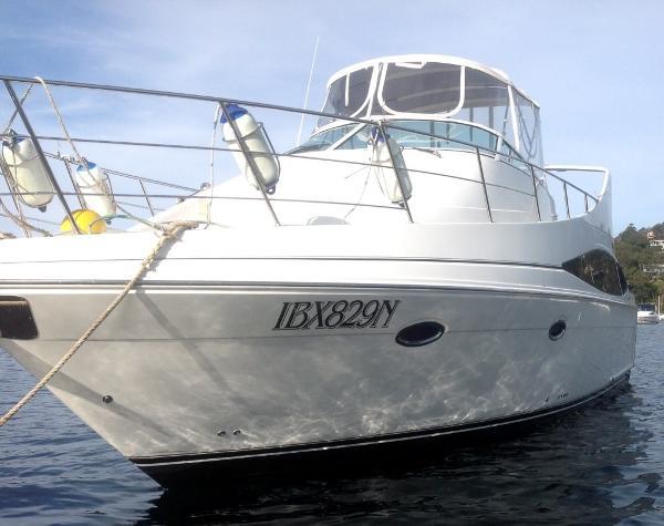 Carver 36 Mariner