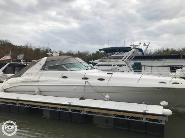 Sea Ray 450 Sundancer 1997 Sea Ray 450 Sundancer for sale in Cincinnati, OH