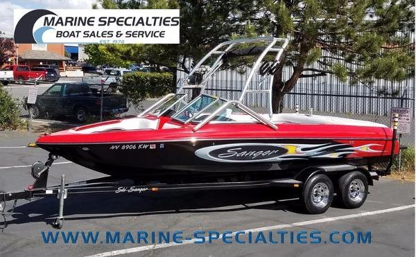 Sanger Boats V215