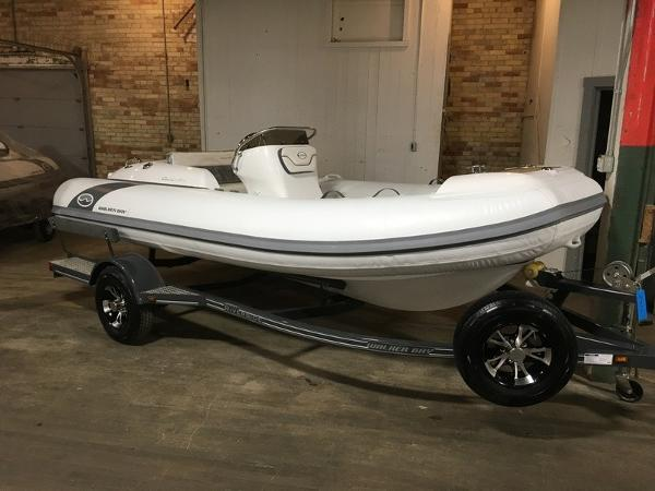 Walker Bay Generation 450 DLX