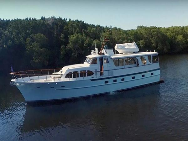Burger Raised Pilothouse Profile