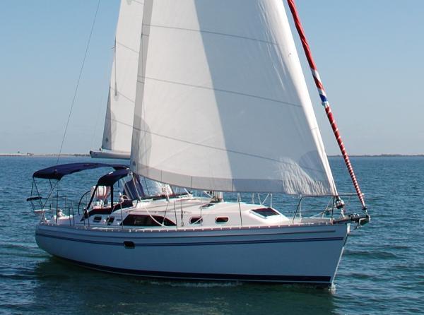 Catalina 385 Sistership Under Sail