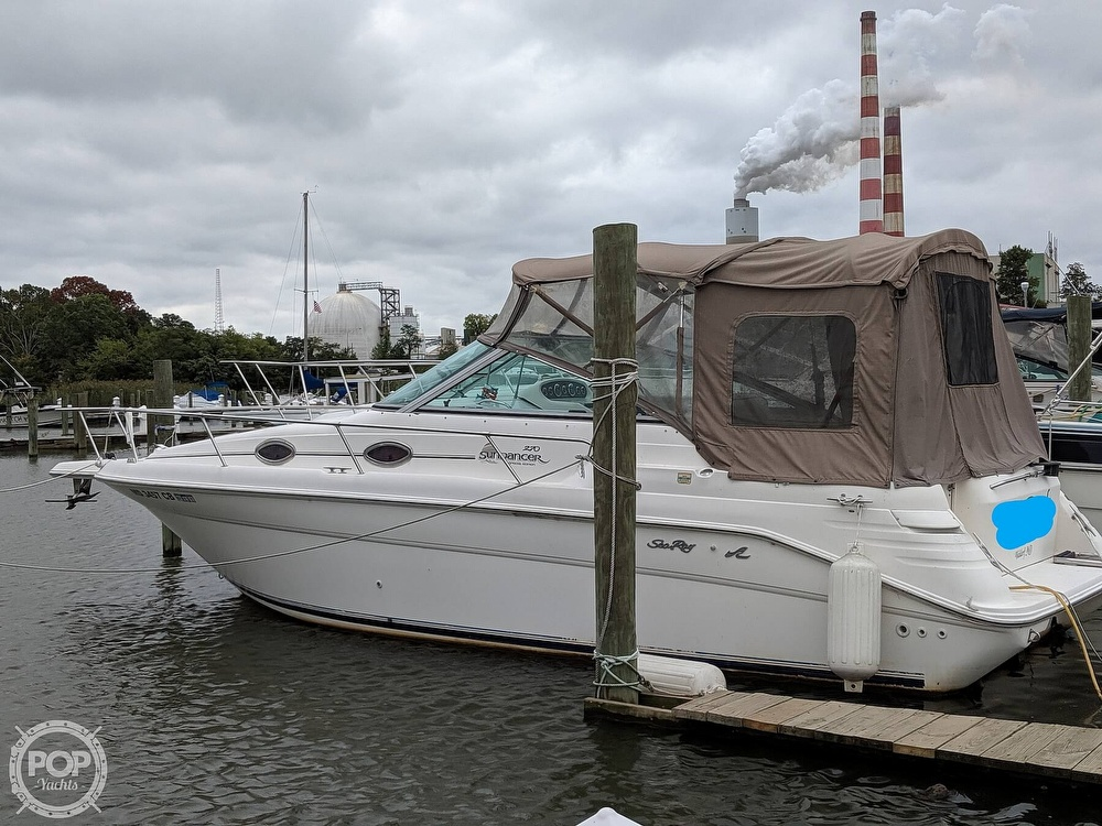 Sea Ray 270 Sundancer 1998 Sea Ray 270 Sundancer for sale in Newburg, MD