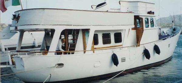 Cammenga Canoe Stern 20 Ship