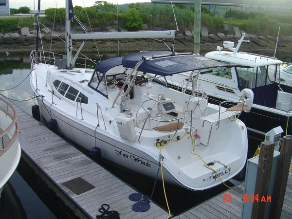 Hunter 39 Portside