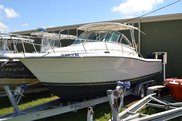 Pursuit 3070 Offshore Center Console Port Bow