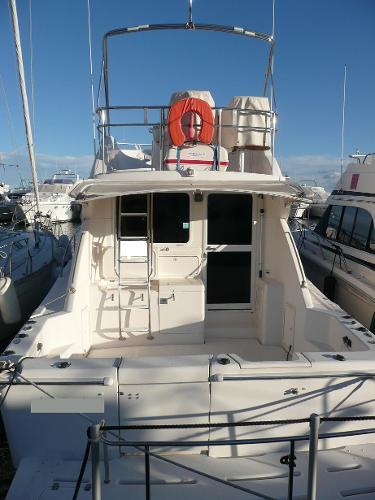 Riviera 37 Flybridge Riviera 37 Flybridge