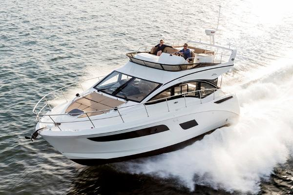 Sea Ray 400 Fly Manufacturer Provided Image