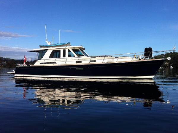 Sabre 52 Salon Express Starboard Profile