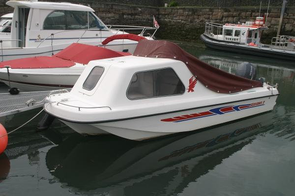 Seahawk Sportsboats 17 Seahawk 17 with cover