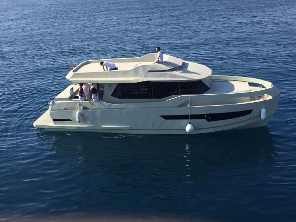 Naval Yachts GreeNaval 47 Hybrid Yacht Naval Yachts GreeNaval 47 Hybrid Yacht