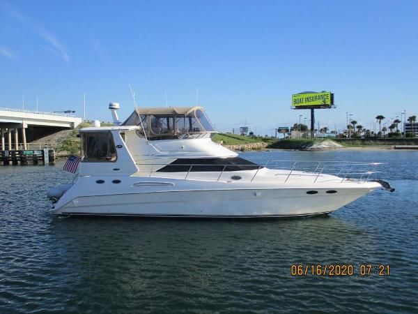 Sea Ray 420 Aft Cabin Starboard Profile