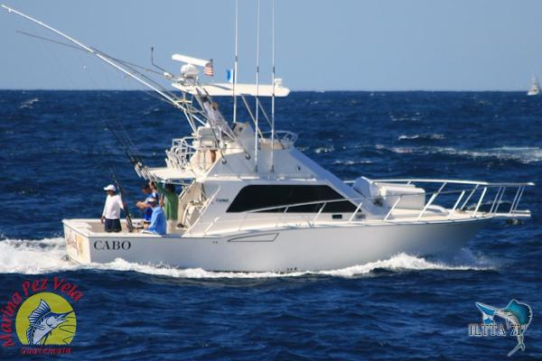 Cabo 35 Flybridge Sportfisher
