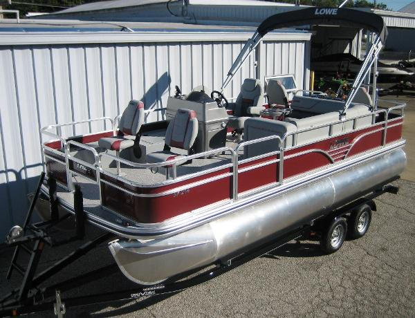 Lowe SF214 pontoon