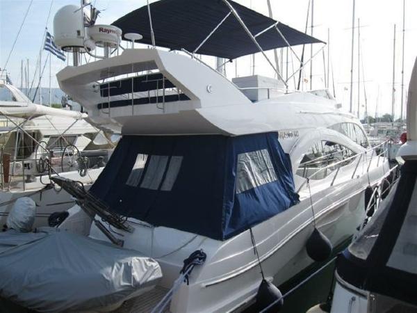 Majesty Yachts 44