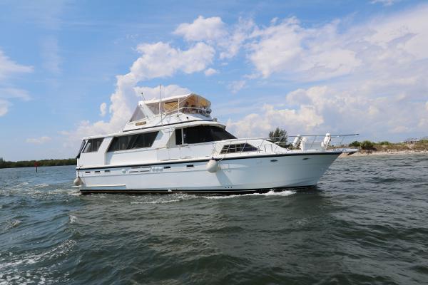 Jefferson 56 Marquessa Extended Deckhouse Profile