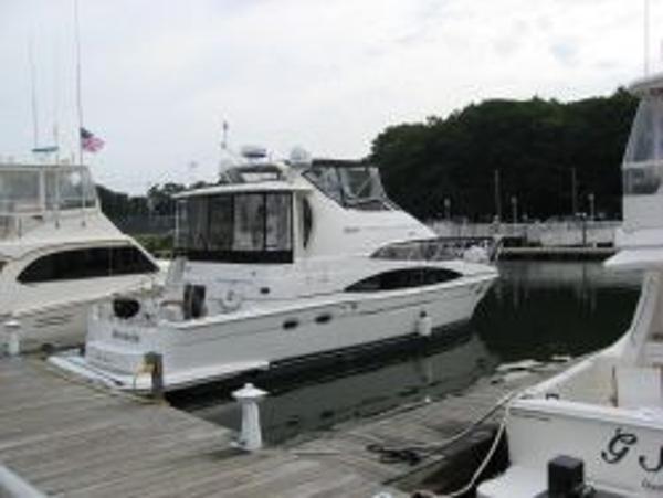 Carver 444 Cockpit Motor Yacht