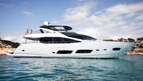Sunseeker 28 Metre Yacht Sunseeker 28 meters