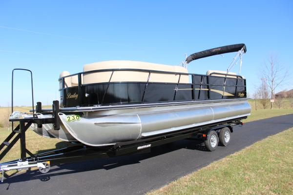 Bentley Pontoons 243 Cruise Tritoon w/200hp