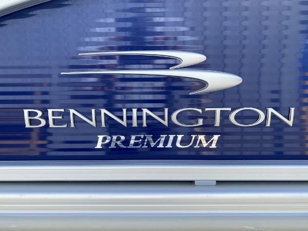 Bennington 21 SSBX