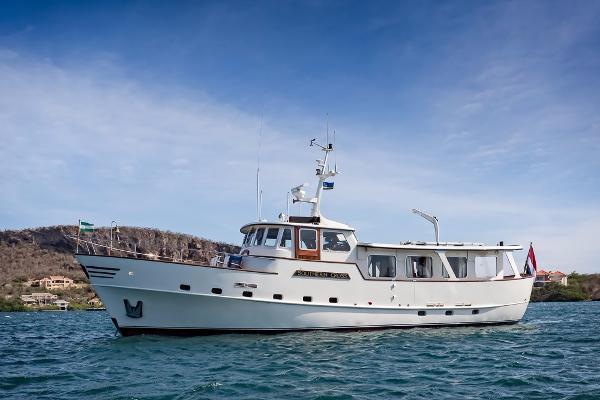Porsius Classic Motor Yacht 57