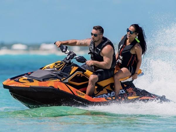 Sea-Doo SPARK® 3-up Rotax 900 HO ACE iBR® & CONV