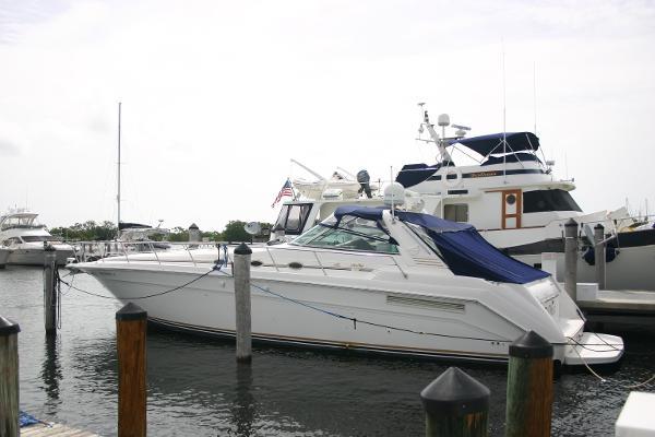 searay 50 Sundancer 500 a 1999 model