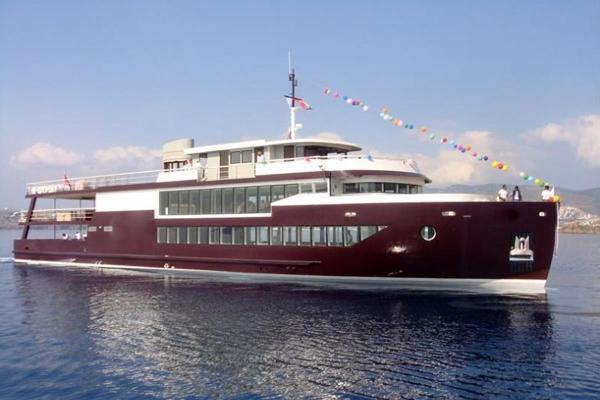 Custom Passenger vessel 2011