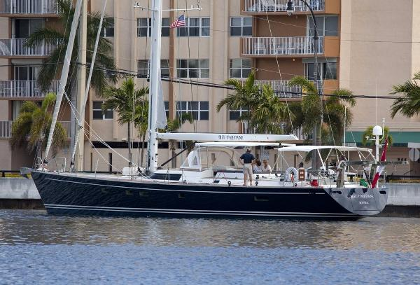 CNB Yachts 71