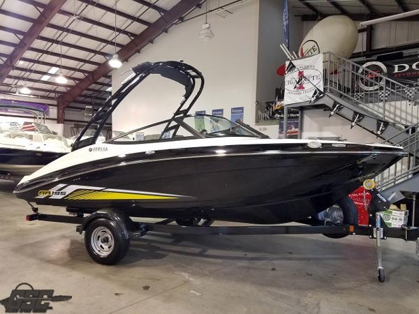 Yamaha Boats AR195 Jetboat