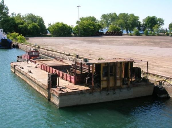 Barge 70' x 30' Hopper Barge