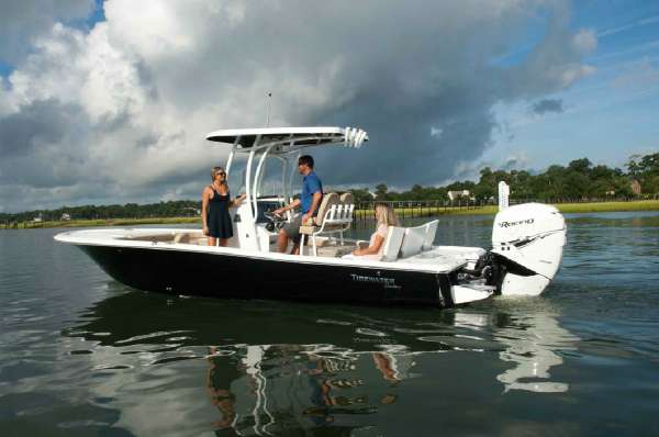 Tidewater 2500 Carolina Bay