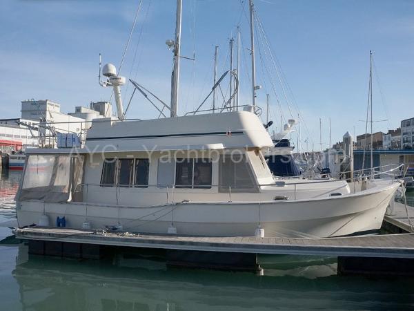Mainship 40 TRAWLER Expedition AYC Yachtbrokers - MAINSHIP 40 TRAWLER