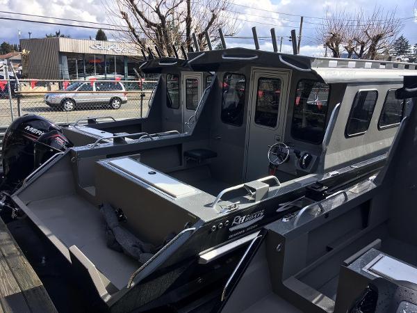 RH 22 Sea Hawk Pro Cuddy