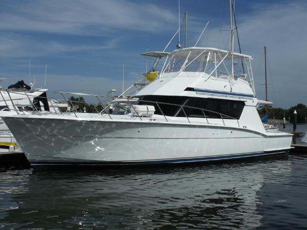 Hatteras Convertible Port Side