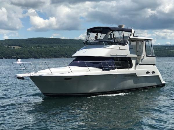 Carver 356 Aft Cabin Motor Yacht Port Side Bow