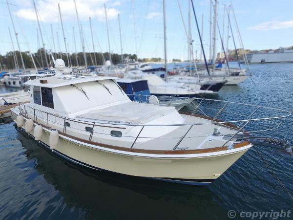 Grand Banks 45 Eastbay SX Abayachting Grand Banks Eastbay 45 3