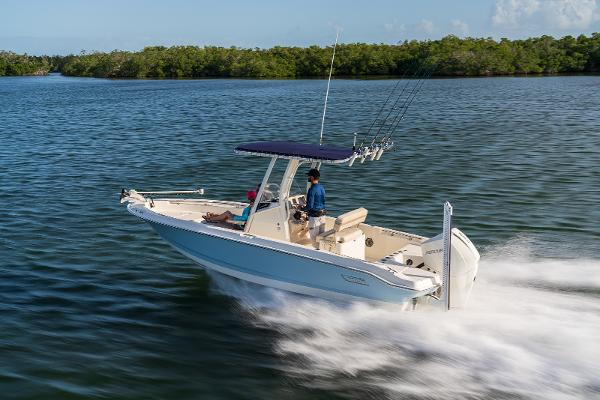 Boston Whaler 22DNT