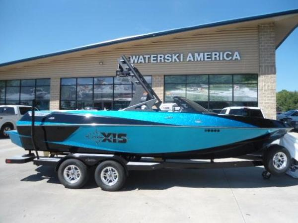 Axis Wake Research Core Series T22