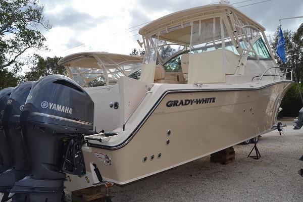 Grady-White Express 370