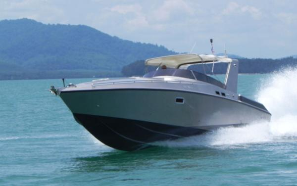Custom Offshore Power Cruiser 46 Offshore Cruiser 46 - Profile Photo