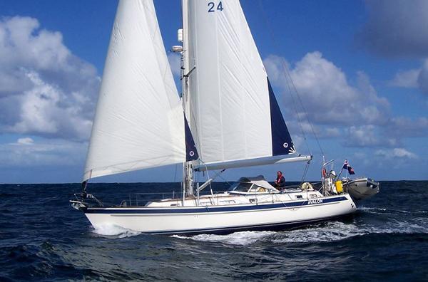 Hallberg-Rassy 43