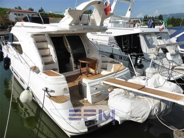 Sealine Motoryacht