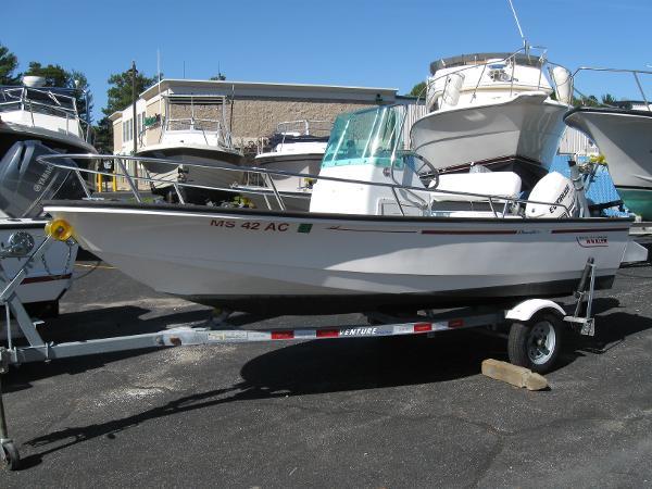 Boston Whaler 15 Dauntless