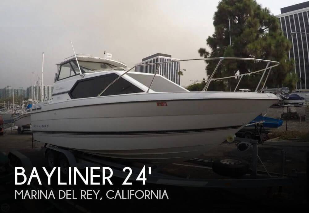 Bayliner Ciera Express 2452 1997 Bayliner Ciera Express 2452 for sale in Marina Del Rey, CA